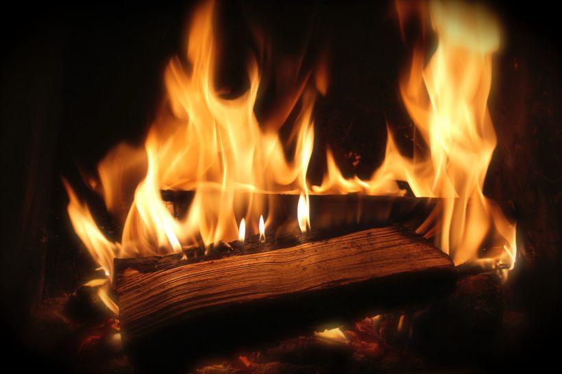 fire-fireplace-firewood-22254.jpg